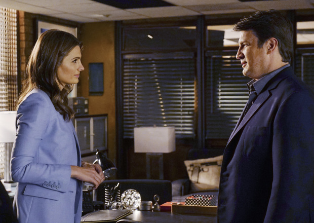 """CASTLE - """"The Last Seduction"""" - In order to hunt down the brutal murderer of a grifting seducer, Castle & Beckett must investigate New York's elite. Meanwhile, Castle plans to surprise Beckett on their one-year wedding anniversary. """"The Last Seduction"""" will air on MONDAY, NOVEMBER 16 (10:01-11:00 p.m., ET) on the ABC Television Network. (ABC/Richard Cartwright) STANA KATIC, NATHAN FILLION"""